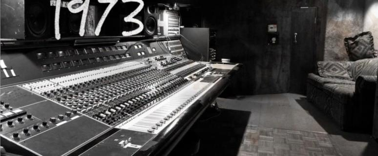 SOUND CITY'S NEVE ANALOG MIXER CONSOLE