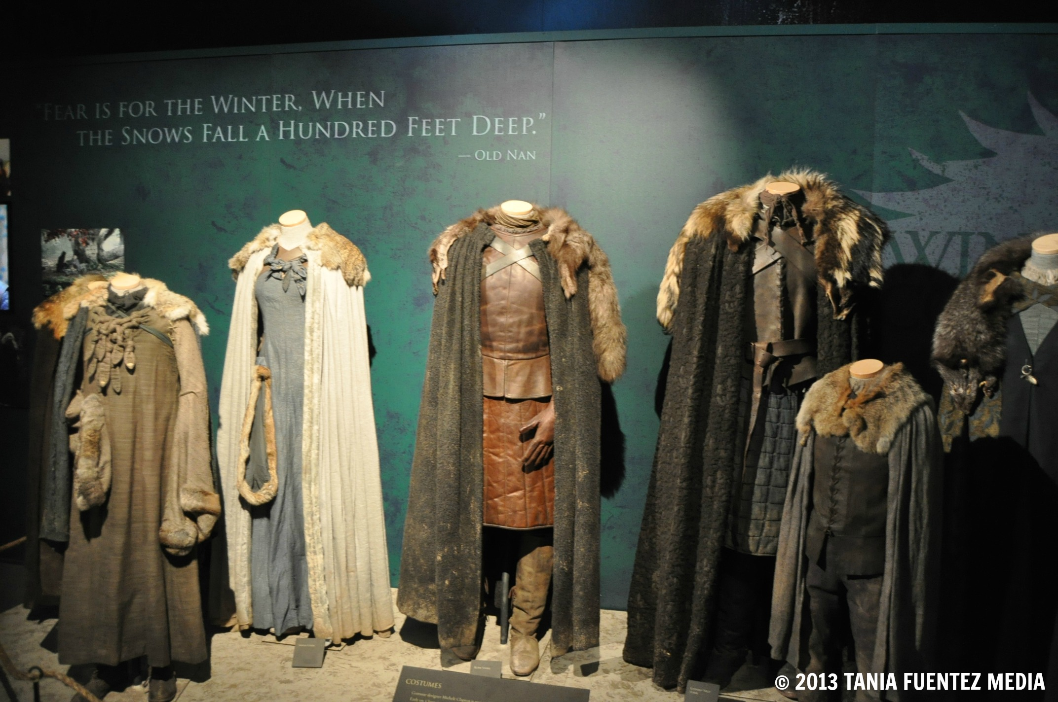 photo game of thrones exhibit conquers new york crowns. Black Bedroom Furniture Sets. Home Design Ideas